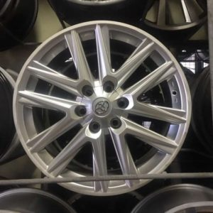 20″ Toyota Lexus Hypersilver Bnew Mags (6 HOLES PCD 139)