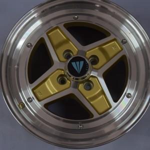 15″ Enkei SK47 Apache Gold Bnew magwheels(4H-PCD100)