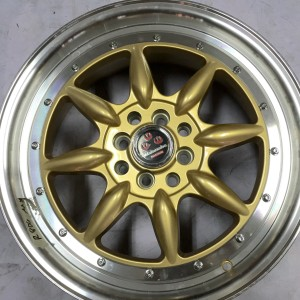 17″ R806 Watanabe Gold Bnew Mags(4H-PCD100-114)