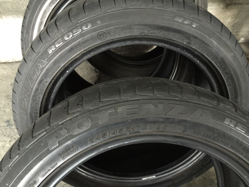 245 45 r17 run flat tire bridgestone used sold 4pc. Black Bedroom Furniture Sets. Home Design Ideas