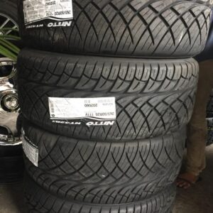 265 50 R20 Nitto 420S Bnew Tires