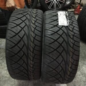 305.40.r22 Nitto 420S Bnew Tire