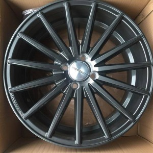 17″ Matte Graphite Vossen JH3087 bnew mags (4H-PCD100)staggered