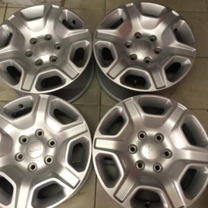 17″ Ford Ranger 2016 mags used(6H-PCD139)