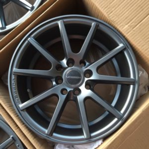 15″ Vossen VSF1 JH1122 Gunmetal mags(4H-PCD100-114)