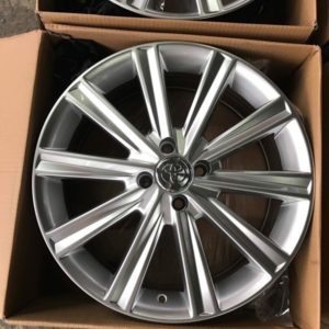 17″ Hypersilver 1377 Multispoke bnew mags(4H-PCD100)