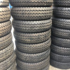 195 R15 UE Maxxis Bnew tires 8ply