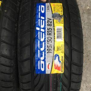 195 50zR15 Accelera Tire Bnew