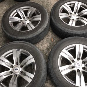 18″ Ford Everest mags 6H PCD139 with 265.60.r18 Bridgestone