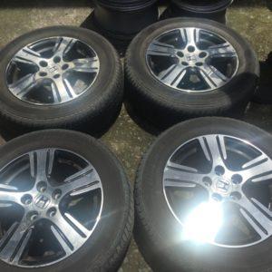 16″ Honda Odyssey with thick 215.60.R16 Yokohama tires