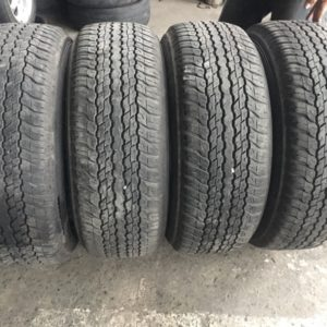4pcs 265 65R17 Dunlop used tires from fortuner