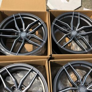 18″x9 Dcenti staggered STW553 gray 5holes pcd 114