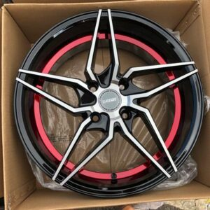 17″ Dcenti LM101 Black with red lining 4Holes pcd 114 bnew magwheels