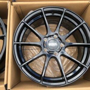 17″ Sky Black 5Holes pcd 114 Brandnew magwheels