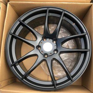 17 Torque AV32 Matte black magwheels 5Holes pcd 114