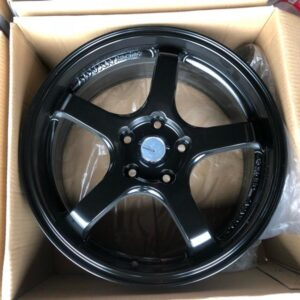 17″ A1033 Black mags 5 holes PCD 114