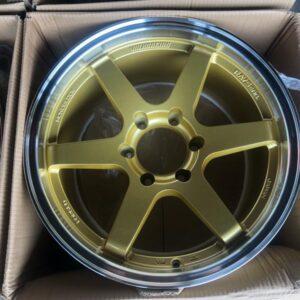 18 TE37 Magwheels code WY0391 Gold 6Holes PCD 139