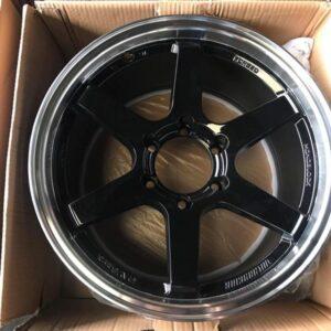 18 TE37 Magwheels code WY0391 Black 6Holes PCD 139