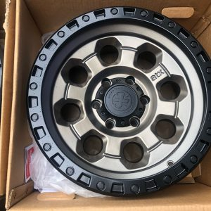 17 American Racing ATX201 Bnew mags 6Holes PCD139
