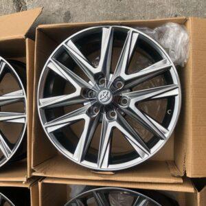 20″ Toyota Lexus Hyperblack Bnew Mags (6 HOLES PCD 139)