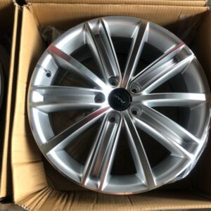 18 Byw D292 Silver Magwheels 5Holes pcd 112 bnew