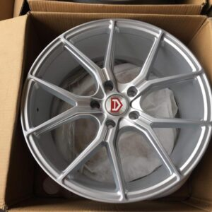 19″ Avid 57fxx design mags Silver code 59783 5Holes Pcd 120