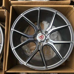 19 57fxx design mags code 59783 5Holes Pcd 114 Gunmetal polish