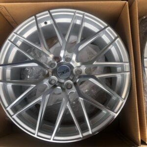 19″ Rhinos Mags STW555 Silver 5Holes pcd 114