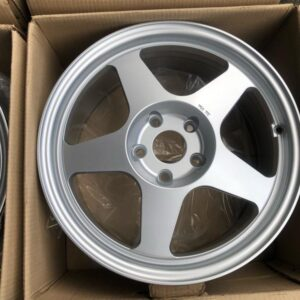 17 Rota Slipstream Silver 5 Holes pcd 114 Bnew mags