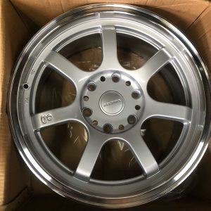 18″ Rota Realite Offroad Silver mags 6Holes pcd 139 fit Van and Grandia