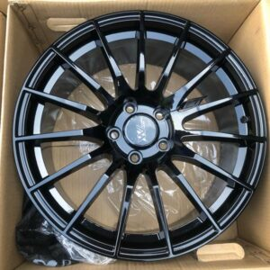 18″ Extreme wheels DXW017 Black 5Holes pcd 114 Bnew