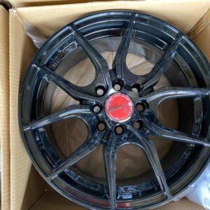 15″ 57fxx gramlights Black design Mags Bnew 4Holes pcd 100-114