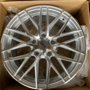 16″ Rhinos Mags STW555  bnew mags 5Holes pcd 114 bnew