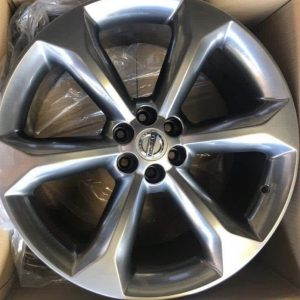 20″ Nissan 425 Mags 6Holes Pcd114 hyperblack bnew mags