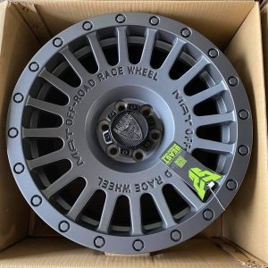 17″ Beast 1908P Gray Mags 6Holes pcd 114 Bnew orig fit Navara and Terra