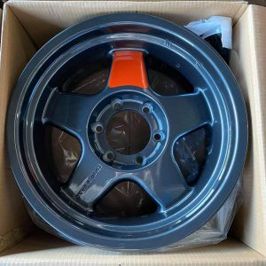 17″ Overland Rebel Grey with Orange spoke Mags 6Holes PCD 139 Bnew